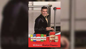 """هذه الصورة يظهر جوروج كلوني وهو يشرب """"المتة"""""""