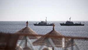 أرشيف - زوارق مصرية في دورية بالبحر الأحمر