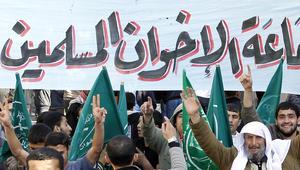 هيئة كبار العلماء السعودية: الإخوان المسلمون حزبيون يريدون التوصل إلى الحكم.. ولا يهتمون بالعقيدة ولا بالسنة