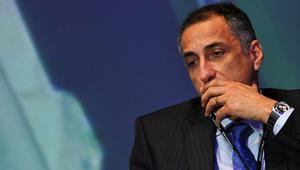 طارق عامر لـCNN: طالبنا البنوك بمراقبة كروت الدفع خارج مصر.. ووقف بطاقات الخصم بالجنيه للمضاربين