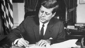 المخابرات المركزية الأمريكية ترفع السرية عن وثائق رئاسية من عهد كينيدي وجونسون