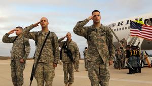 """البنتاغون: ميداليات """"العزم التام"""" لتكريم الجنود الأمريكيين المشاركين بالحملة ضد """"داعش"""" لأكثر من 30 يوما"""