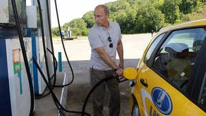 رئيس أكبر شركات النفط بروسيا: البلاد ستشهد تناقصاً بتصدير البنزين بحلول عام 2017