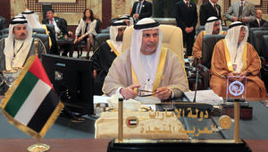 قرقاش يعلق على إعادة قطر لسفيرها بإيران: أزمة الدوحة تدار بمراهقة لا نظير لها