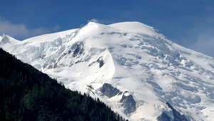 مصدر لـCNN: مقتل 5 جنود فرنسيين خلال تدريبات عسكرية بجبال الألب