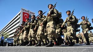 تقرير: إغلاق الأكاديميات والثانويات الحربية في تركيا وفصل مستشار أردوغان العسكري