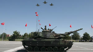 بينهم ثلث قيادات القوات المسلحة.. ماذا يعني اعتقال 9000 عسكري بتركيا وكيف يثير ذلك مخاوف حلف الناتو؟