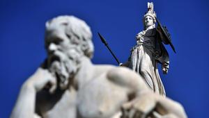 إكرام لمعي يكتب: هل مصر اليوم في حاجة إلى سقراط؟