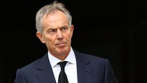 """بلير يرد على تقرير لجنة التحقيق بحرب العراق.. وشقيقة جندي بريطاني قُتل في الحرب تصفه بـ""""أسوأ إرهابيي العالم"""""""