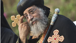 مصر.. السيسي يهنئ البابا توضاروس بعيد الميلاد