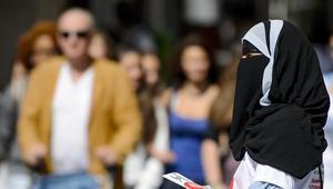 حظر ارتداء النقاب بـ7 مدن ضمن كانتون تشينو بسويسرا.. والخارجية السعودية تدعو للالتزام