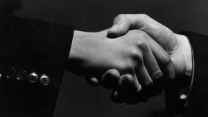مصافحة اليد..تكشف عن الأمراض في جسمك