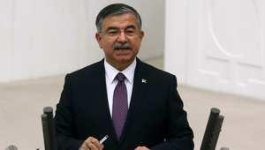 وزير الدفاع التركي: لا ننوي إرسال قوات إلى سوريا