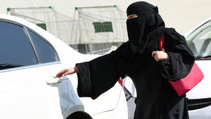 الوليد بن طلال: كفى نقاشا.. حان وقت قيادة المرأة للسيارة