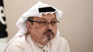 """إعلامي سعودي: الدفاع عما يجري في مصر سقوط.. وقطر لا تمول """"هيومن رايتس"""""""