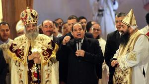 """""""تعرية سيدة المنيا"""".. البابا تواضروس يدعو لتجنب إشعال الفتنة.. والسيسي: حقوق المرأة المصرية ستبقى التزاما علينا"""