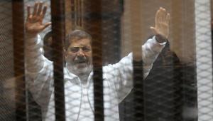 """مصر: الإعدام شنقا لـ6 متهمين والمؤبد للرئيس المعزول محمد مرسي بقضية """"التخابر مع قطر"""""""