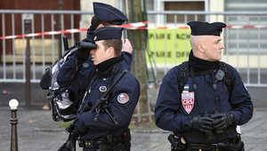 فرنسا تحتجز والد وشقيق أحد منفذي هجمات باريس للاستجواب
