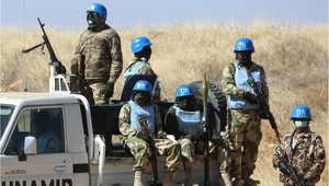 جنود من بعثة الاتحاد الأفريقي والأمم المتحدة في دارفور