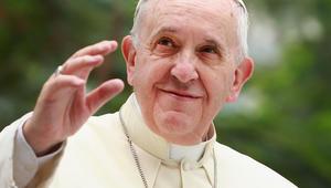 قبيل أول زيارة رسمية للقاهرة.. البابا فرانسيس في رسالة للمصريين: السلام عليكم.. أزوركم كصديق ورسول سلام