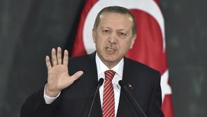 """أردوغان: سأوافق على قانون الإعدام بعد موافقة البرلمان.. وتسعى قوى خارجية لـ""""تركيع"""" تركيا ولكننا لا نركع إلا لله"""