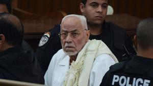 مصر.. نقل مرشد الإخوان السابق مهدي عاكف من المستشفى