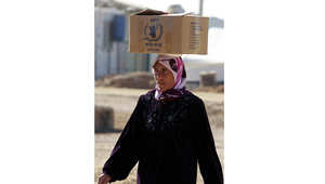 برنامج الأغذية العالمي: أكثر من 200 ألف لاجئ سوري بالأردن توقفوا عن تلقي معونات لشح التمويل