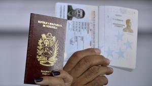 قضية بيع جوازات سفر لأشخاص منهم عرب.. مسؤول فنزويلي سابق لـCNN: الأمر أسهل الآن