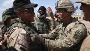 كارتر يعلن ارسال 217 جنديا أمريكا للعراق ومروحيات أباتشي هجومية