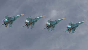 """كيري معلقا على وصول 4 مقاتلات """"سوخوي"""" وصواريخ أرض جو روسية إلى سوريا: الأمر يطرح تساؤلات جدية"""