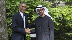 أوباما وولي عهد أبوظبي محمد بن زايد آل نهيان خلال لقاء قمة مع قادة مجلس التعاون الخليجي في كامب ديفيد