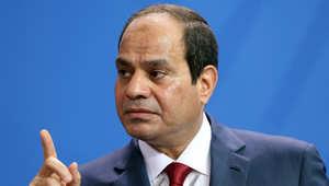 الرئيس المصري عبد الفتاح السيسي يتحدث خلال مؤتمر صحفي مشترك مع المستشارة الالمانية انجيلا ميركل في برلين