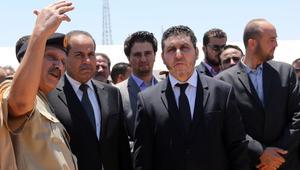 حكومة الغويل الليبية تسيطر على مقرات وزارية