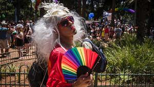 شاهد.. عشرات الألوف يشاركون في مهرجان المثليين بتل أبيب