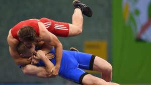 مصارعة نمساوية مجرية خلال دورة باكو