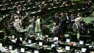 البرلمان الإيراني يقر الاتفاق النووي.. ويدعو الحكومة إلى تشكيل تحالف إقليمي لنزع أسلحة الدمار الشامل