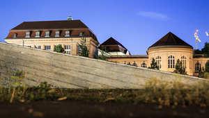 مبنى لوزارة الاقتصاد الألمانية.. وثائق لويكيليكس ادعت أن وثائق تظهر تجسس وكالة الأمن القومي الأمريكية على وزارات ألمانية