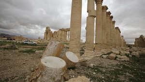 المرصد السوري: داعش ينفذ إعدامات بطريقة جديدة.. ويدمر أعمدة أثرية في تدمر