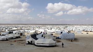 """الأردن يعلن وقف توسع وإنشاء مخيمات اللجوء للسوريين.. ولاجئون بمخيم الرقبان لـCNN: """"داعش"""" هو المسؤول"""