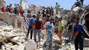 آثار القصف الذي تعرض له حي الجديدة شمال بغداد بطريق الخطأ من قبل طائرة حربية عراقية 6 يوليو/ تموز 2015