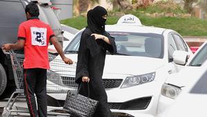 """""""قيادة المرأة"""" يشعل تويتر بعد عودته إلى مجلس الشورى السعودي.. ومغردون: المملكة تغيّر من جلدها وهذا أمر ضروري"""