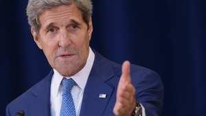 كيري مدافعا عن استراتيجية بلاده في سوريا: لا يمكن تحقيق السلام وهزيمة داعش مع بقاء الأسد