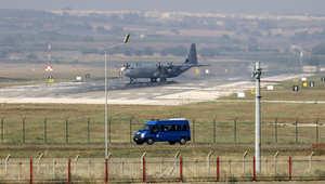 طائرة عسكرية على المدرج في قاعدة انجرليك الجوية، في ضواحي مدينة أضنة، جنوب شرق تركيا