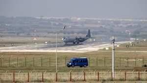 """4 طائرات نقل عسكرية أمريكية تصل تركيا.. و""""البنتاجون"""" تراجع استراتيجية تدريب عناصر معارضة سورية"""