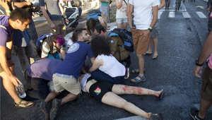 عملية إسعاف أحد المصابين في مسيرة المثليين بالقدس، 30 يوليو/ تموز 2015