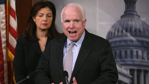 جون ماكين: أمريكا سلّحت العراق لقتال داعش وليس شركائنا