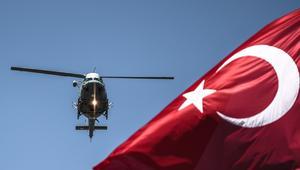 مقتل 7 أشخاص إثر سقوط مروحية عسكرية تركية عائدة من فعاليات بمناسبة عيد الفطر