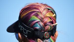5 عادات خاطئة تُتلف الشعر الملون