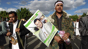 السعودية تنفي مطالبة إيران بالتوسط لدى الحوثيين.. وقرقاش يرد على عبدالملك