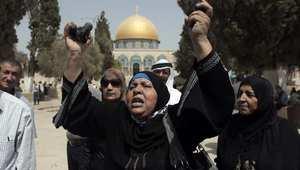 """تجدد الاشتباكات في ساحة """"الأقصى"""".. السعودية تتعهد بالدفاع عن الحرم القدسي.. والأزهر يحذر من اشتعال غضب المسلمين"""
